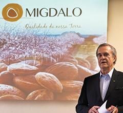 António Sevinate Pinto apresenta a Migdalo